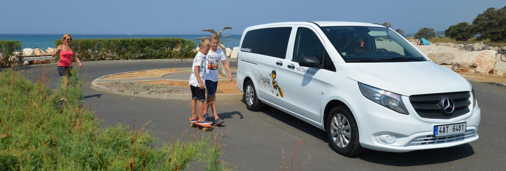 8-místní vozidlo pro Vaši dovolenou
